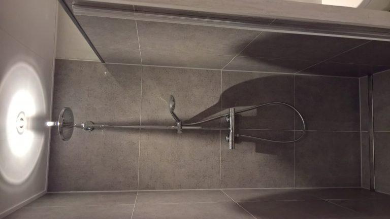Nieuwe badkamer en toilet in Sliedrecht | Den Butter & Voogt